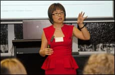 Lindy Chen - Chinese Cultural Etiquette Training